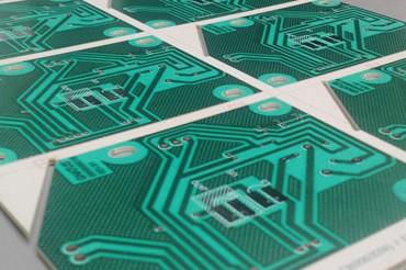 Placa de circuito impresso face simples
